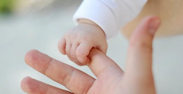 http://tatianageorgieva.smallpages.net/uploads/health/Baby-and-parent-e1389964731158.jpg